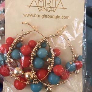 Amrita Singh gold hoop earrings NWT